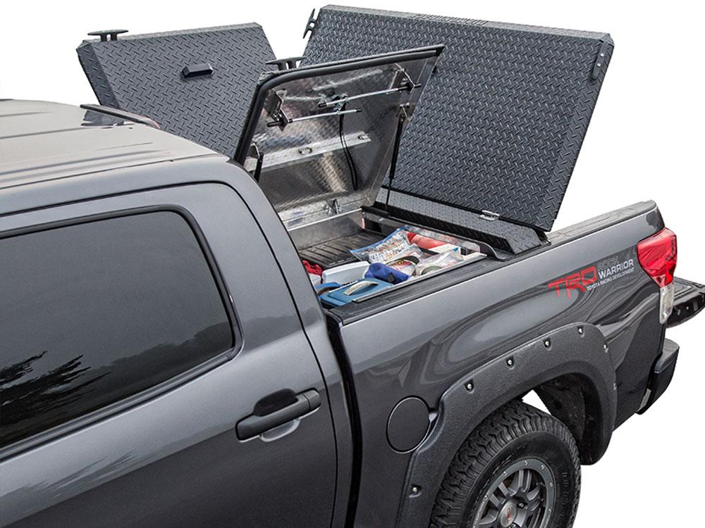 2006 Nissan Titan Hard Folding Tonneau Covers World