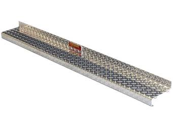 Owens Diamond Plate ClassicPro 2-Inch Running Boards 4